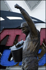 Daytone Raceway Dale Earnhardt Statue